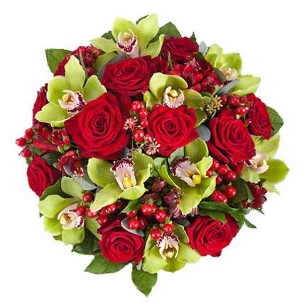 Ziedu piegāde Rīgā. Grezns ziedu pušķis no sarkanām rozēm, orhideju ziediem, sarkanām alstromērijām, dekoratīvām sarkanām