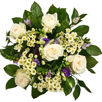 Магазин цветов. Нежно белые розы, голубые и белые фрезии, голубые лизантусы, белые