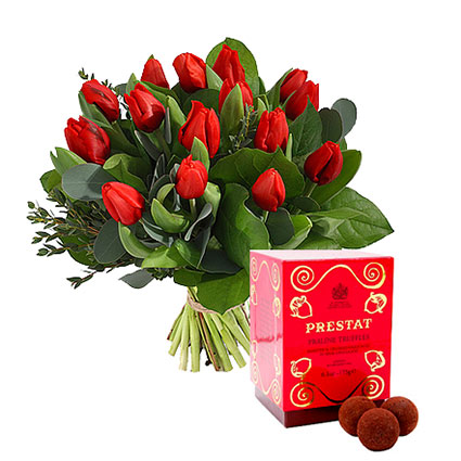 """Bouquet of Red Tulips and """"Prestat"""" Hazelnut Praline Truffles: Surprise, Spoil and Make Happy!"""