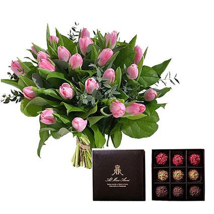 """21 rozā tulpe pušķī un """"AL MARI ANNI"""" šokolādes trifeles 135 g"""