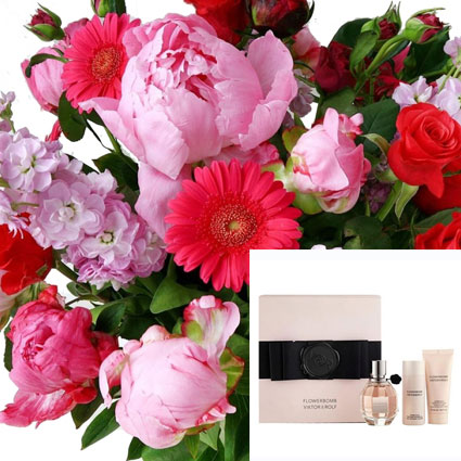 "Bouquet  Of Seasonal Flowers And Fragrance VIKTOR & ROLF ""FLOWERBOMB"""