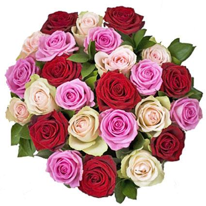 Ziedi. 25 rozes - sarkanas, rozā un krēmīgi blatas.  Ziedu klāsts ir ļoti plašs. Var gadīties, ka izvēlētie ziedi var