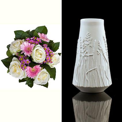 """Ziedu pušķis un """"Kaiser Porzellan 1872"""" porcelāna vāze"""