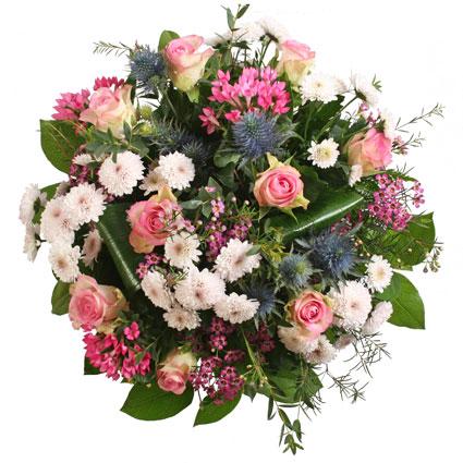 Ziedi Rīga. Ziedu pušķis Zivs zodiaka krāsu paletes noskaņās.  Ziedu klāsts ir ļoti plašs. Var gadīties, ka izvēlētie