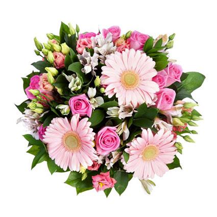 Ziedi ar piegādi. Bagātīgs ziedu pušķis no rozā rozēm, rozā lizantēm, baltām alstromērijām, rozā gerberām un dekoratīviem