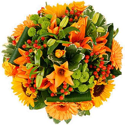 Ziedi: Vasaras plaukumā