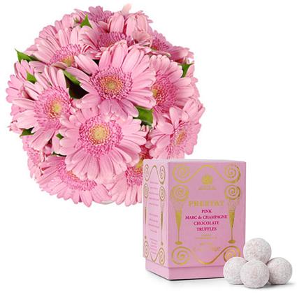 Цветы и конфеты: Комплимент