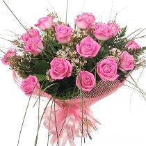 Ziedi: Rozā rožu pušķis