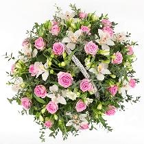 Ziedu kompozīcija: Dārza svētki
