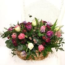 Tulpes ziedu grozā