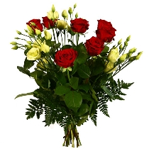 Цветы: Красные розы и белая эустома (лизиантус)