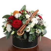 Ziedu kārba: Svētku prieks. Piegāde Rīgā